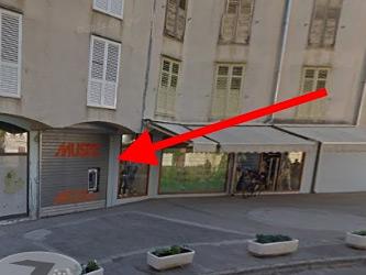 Musto trgovina Zadar - Trg Tri bunara 3, 23000 ZADAR